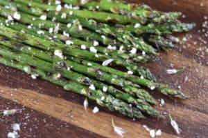 Read more about the article Grilled Asparagus with Goat Cheese