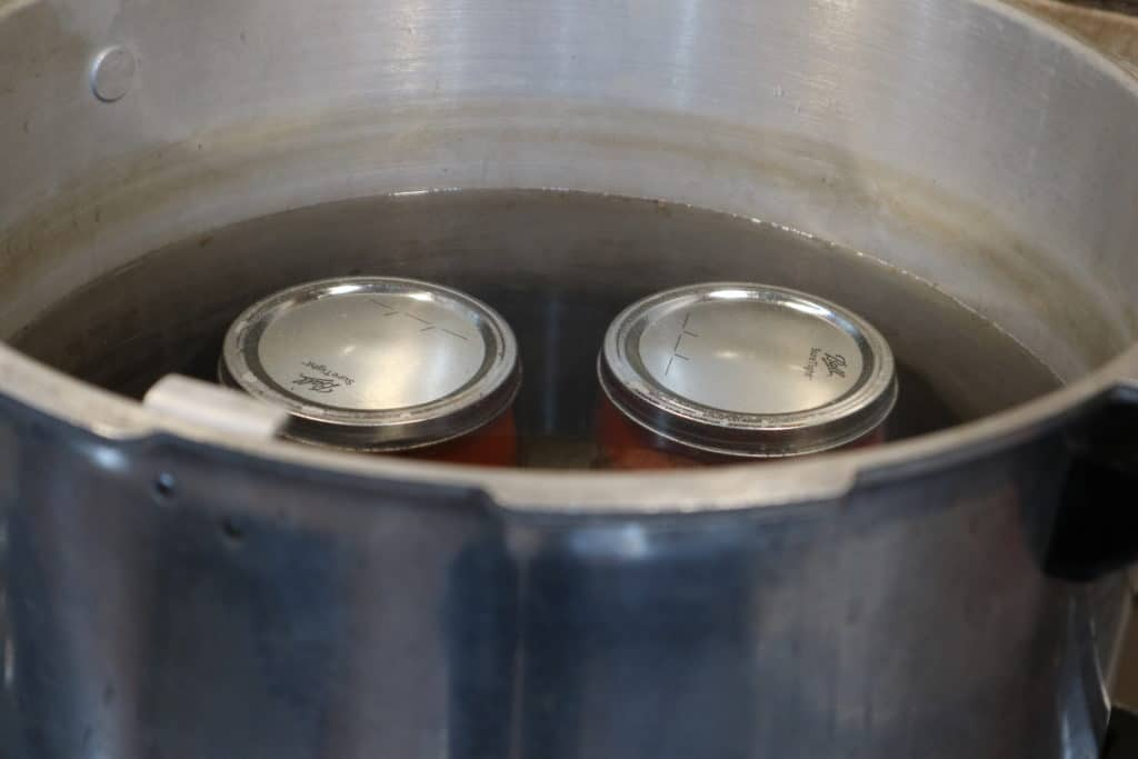 jars in waterbath canner