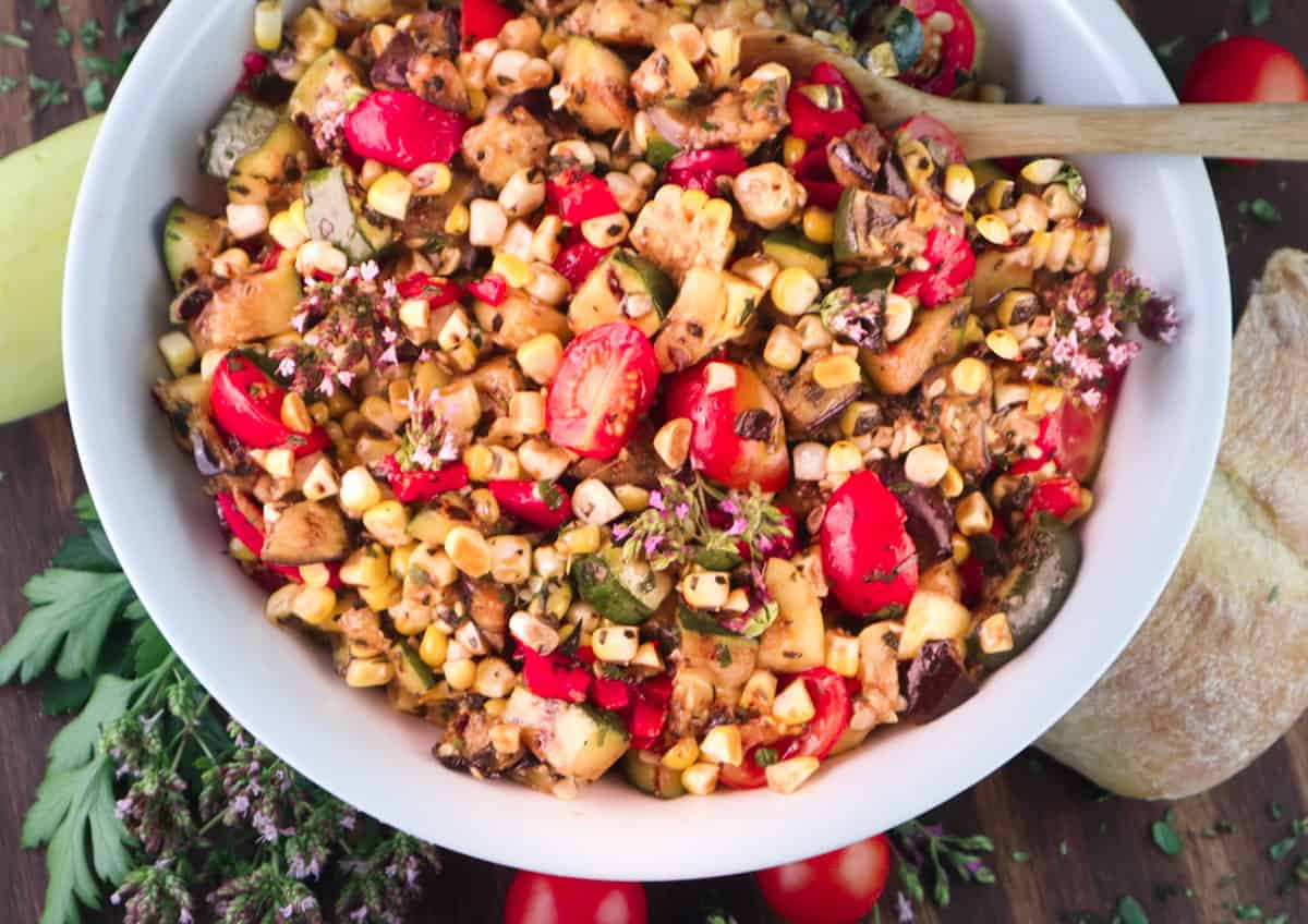 You are currently viewing Charred Corn Salad with Grilled Summer Vegetables.