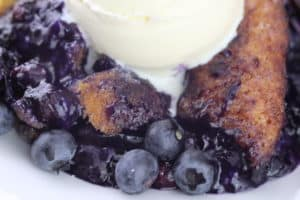 Peaches with Fresh Blueberries Cobbler