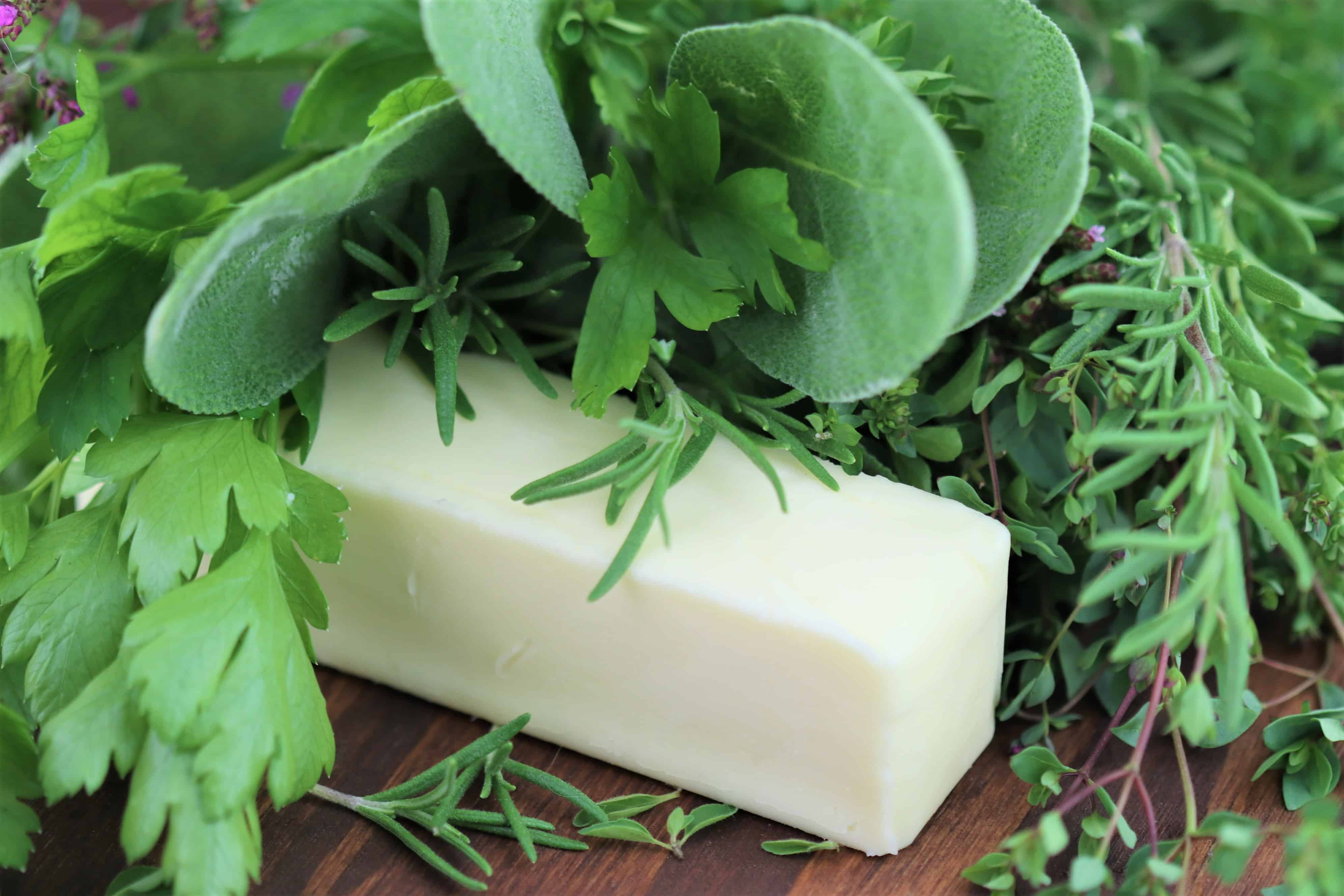 You are currently viewing Browned Butter with Fresh Herbs