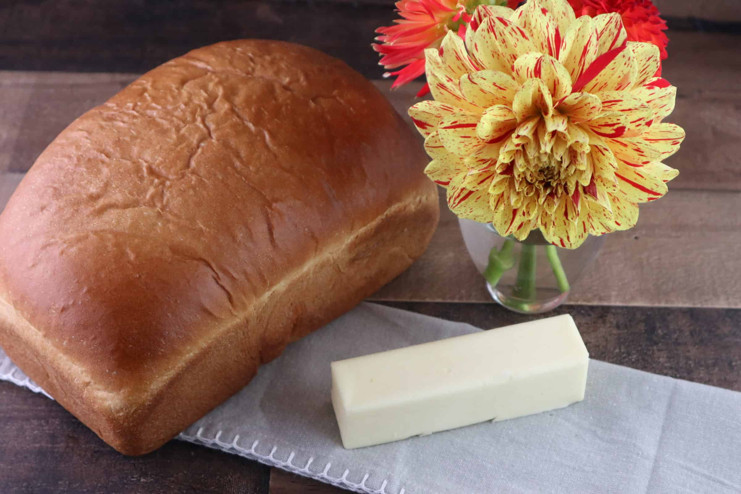 White Sandwich Bread – Homemade