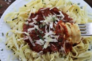 Read more about the article Classic Marinara Sauce for Pasta