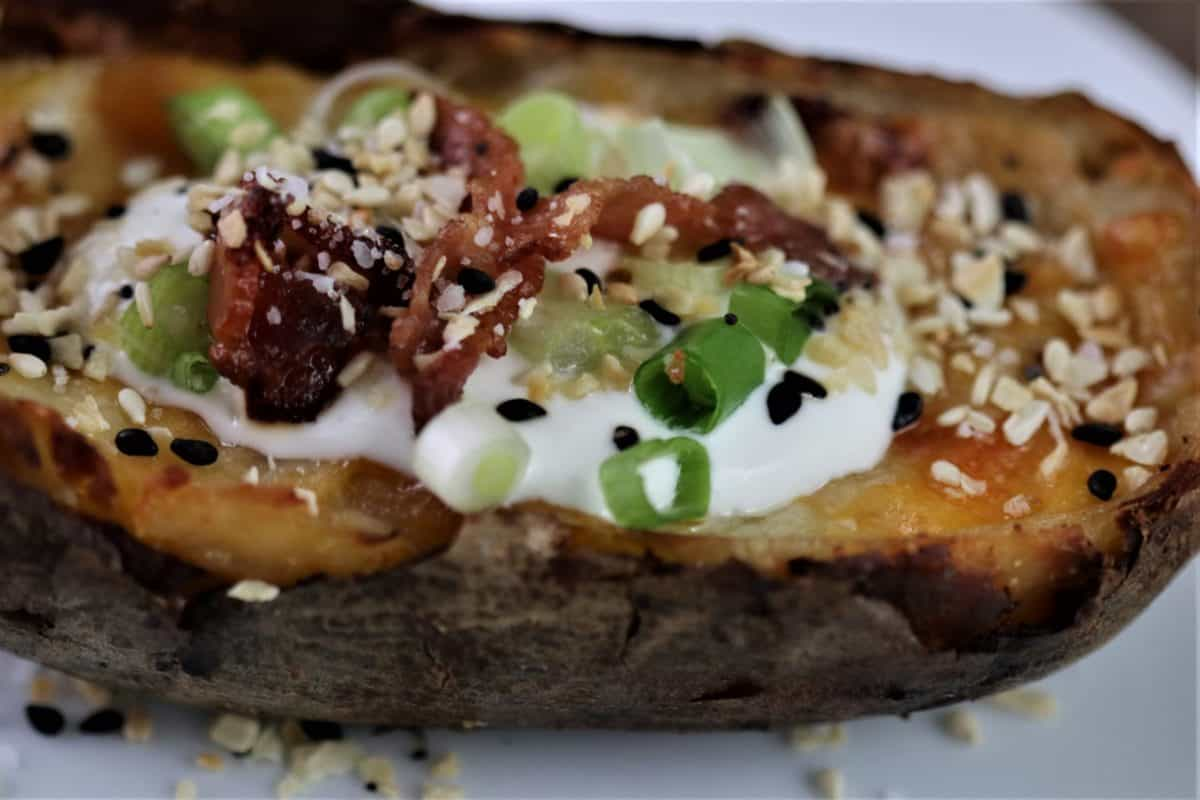 Stuffed Potato Skins – Loaded With Bacon & Cheese