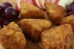 Fried Mac and Cheese Triangles