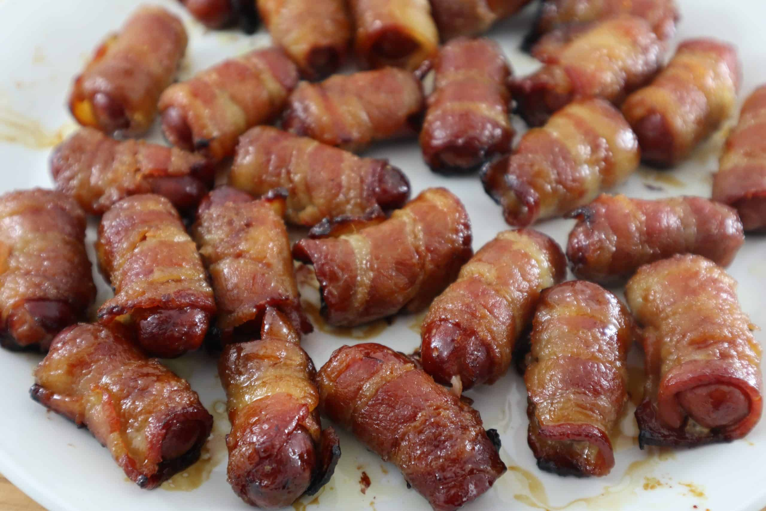 You are currently viewing Bacon-Wrapped Mini Hotdog Appetizers