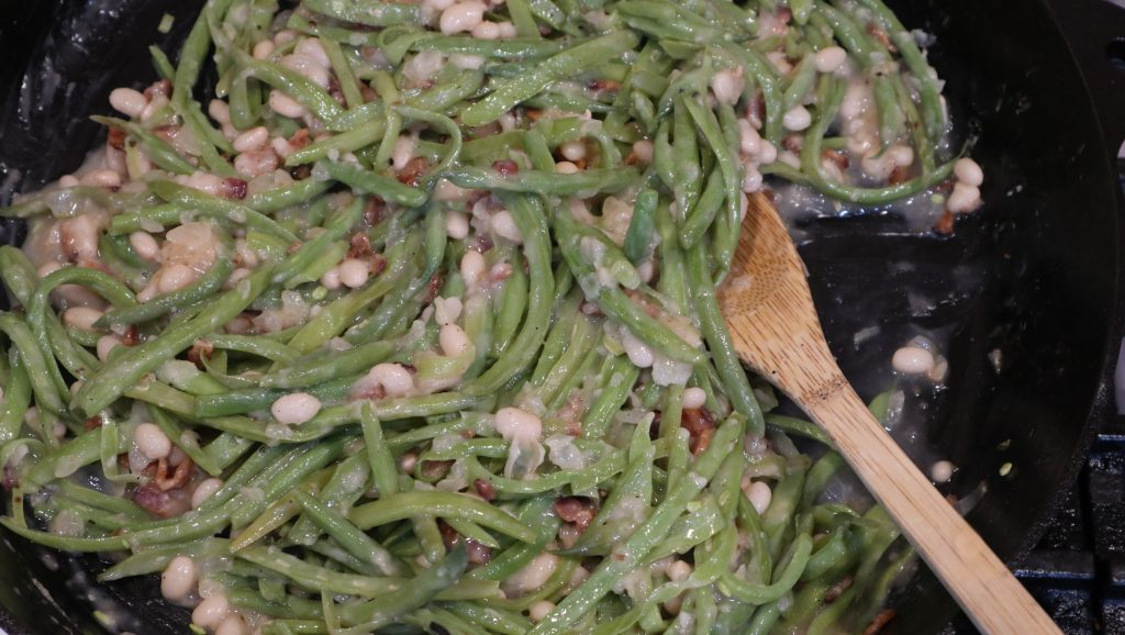 string beans - german style in a bowl