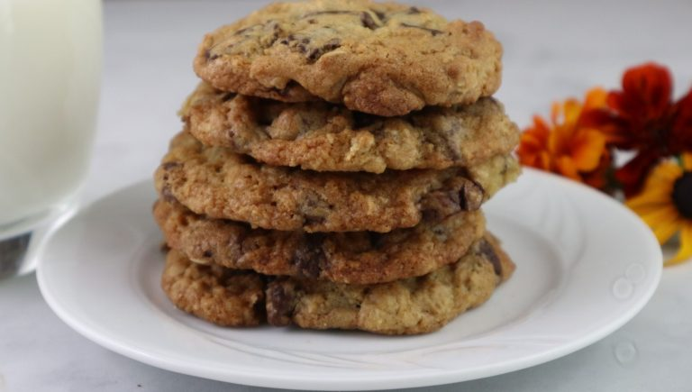 chocolate chunk chocolate chip cookies
