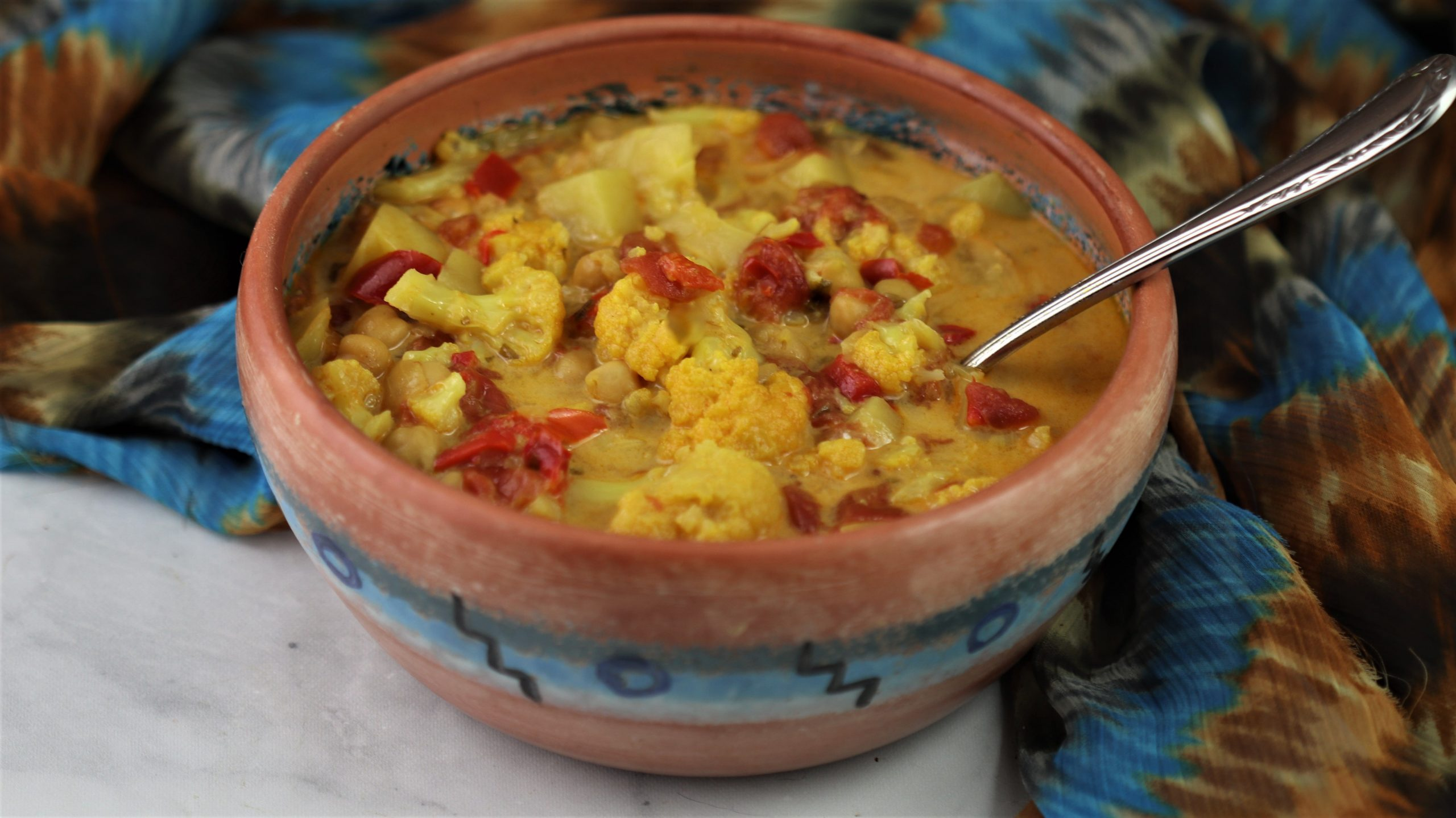 Cauliflower Chickpea Curry – Vegan