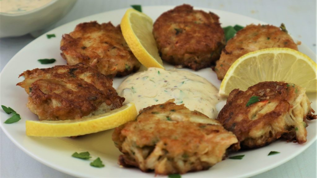 Crab cakes with homemade remoulade sauce'