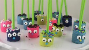 Read more about the article Monster Marshmallow Pops -Easy