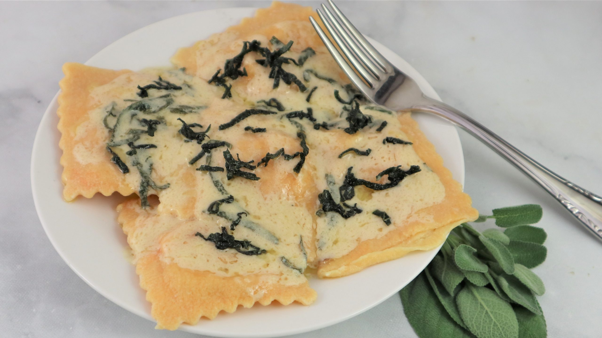 You are currently viewing Pumpkin Ravioli with Creamy Sage Browned Butter