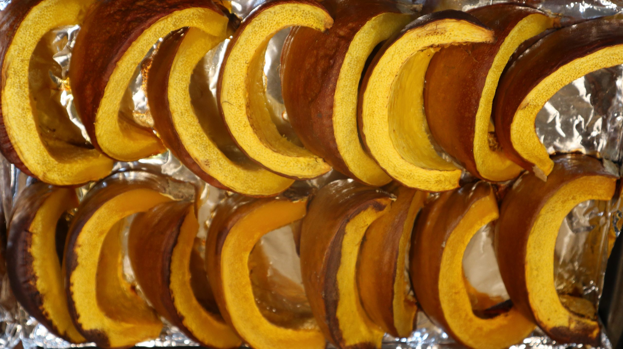 You are currently viewing How to Roast Pumpkin for Puree